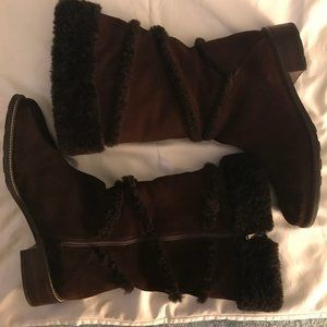 LL BEAN SUEDE/SHEARLING ZIP UP BOOTS - SIZE 9M